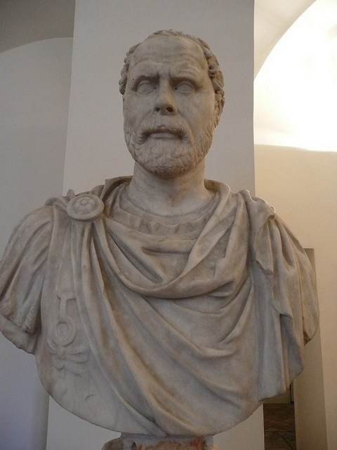 Demóstenes, uno de los grandes retores de la antiguedad. Estatua del Palacio Altemps. Museo Nacional Romano. Roma. Foto: Galería de Mmarftrejo