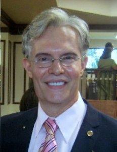 Julio M.Shiling