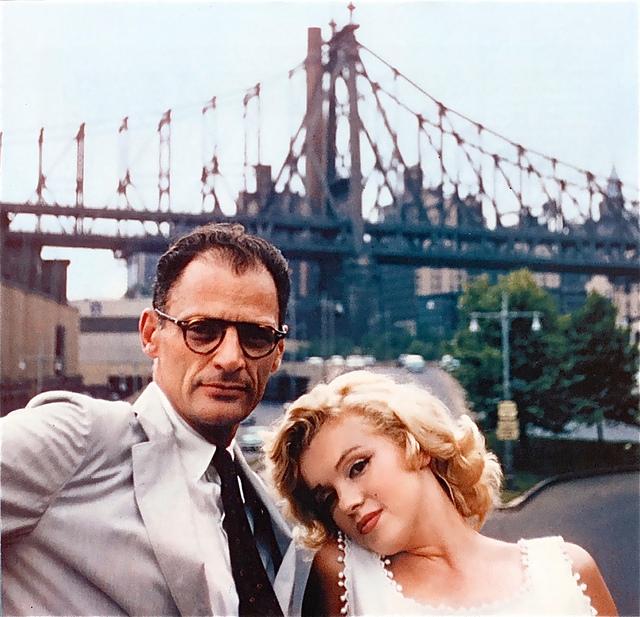 """Antonio Marín Segovia Arthur Miller y Marilyn Monroe en Nueva York """"Siempre hay puentes -el puente de Brooklyn"""""""